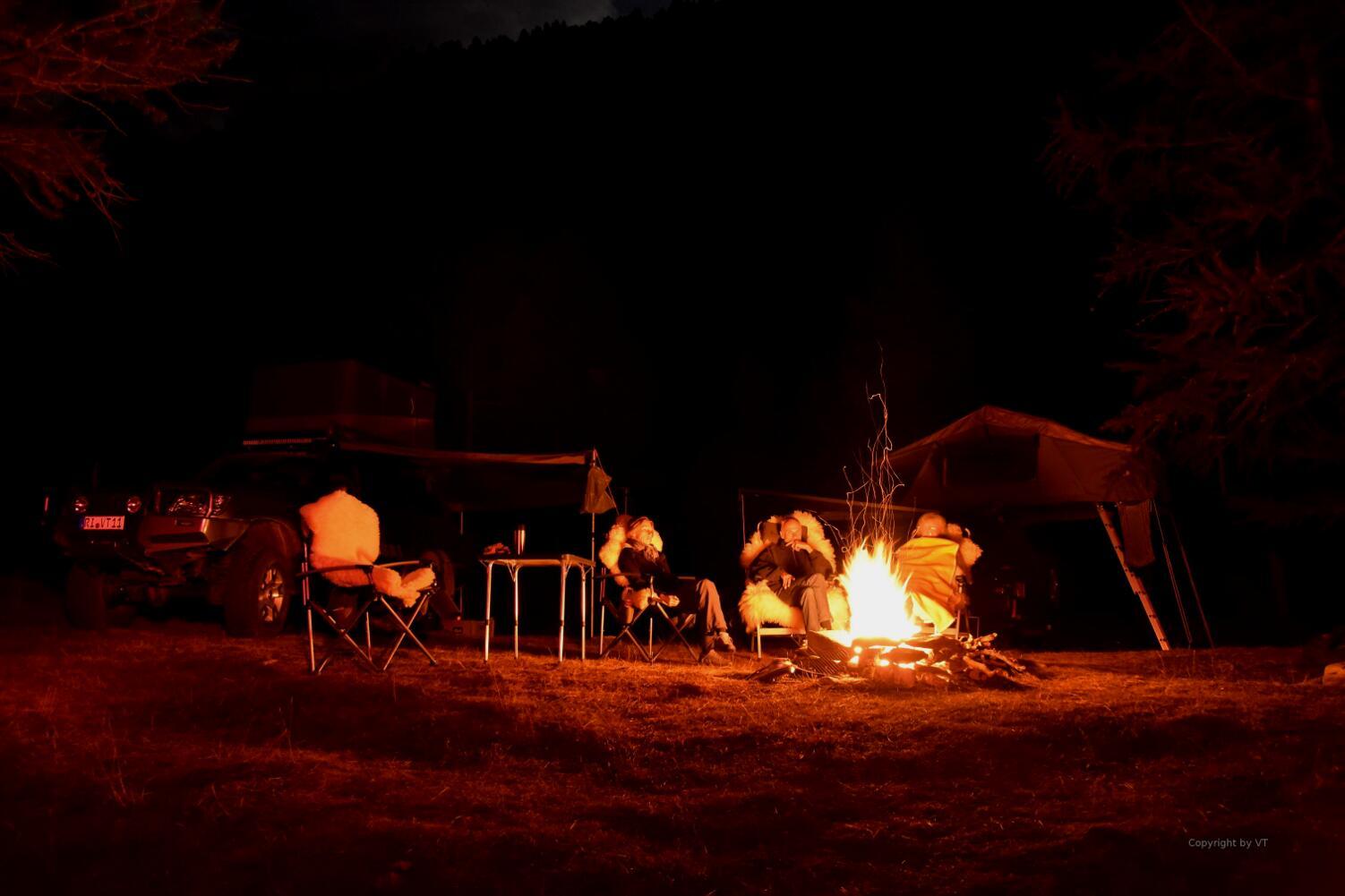 Es wird ein langer Abend am Feuer...