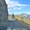 Fotogene Durchfahrt im gespaltenen Fels