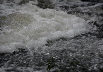 Wasserspiele im Mühlbach