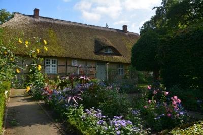 Bauerngarten am Haus