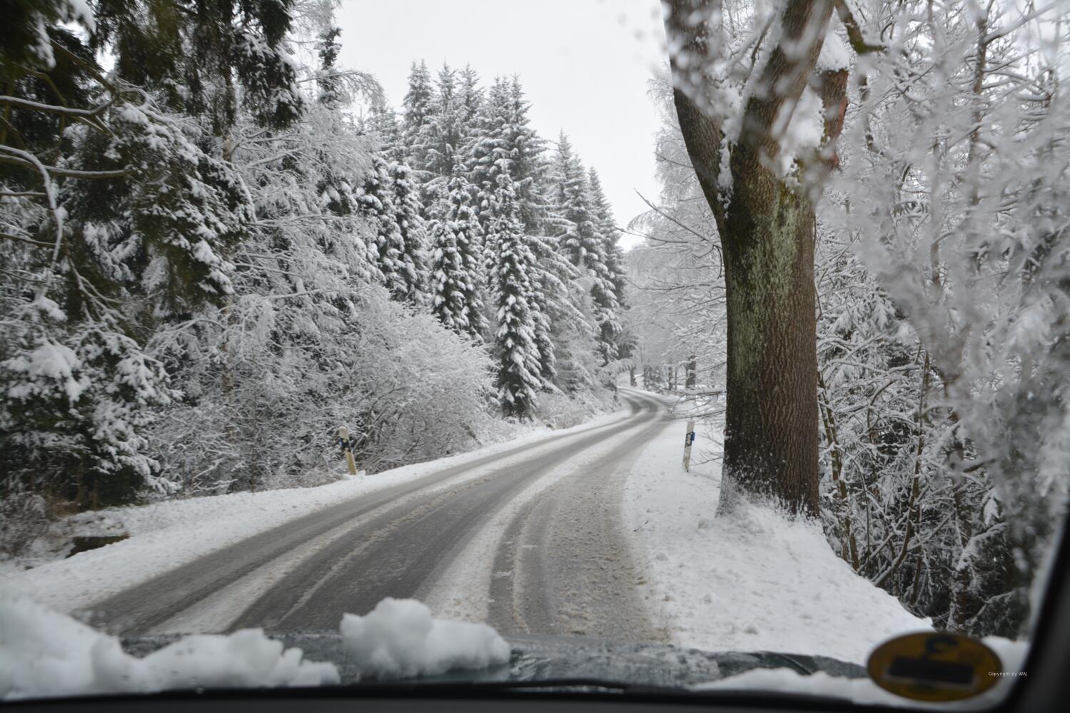 über winterliche Straßen...