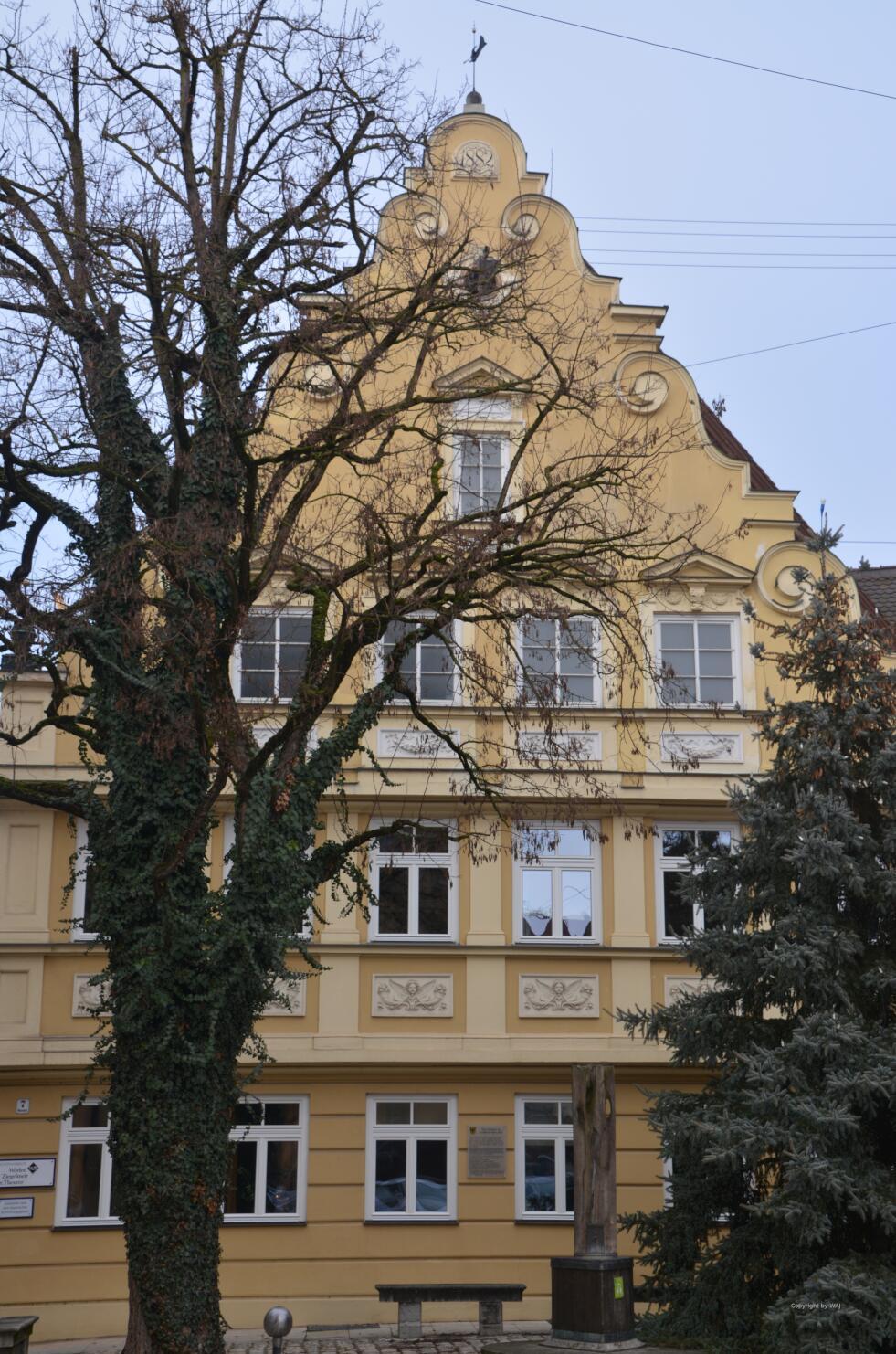 schöne, historische Fassade